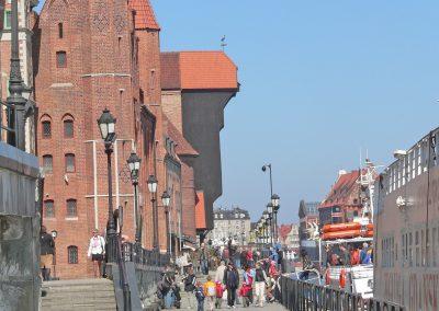 zuraw-crane-old-town-gdansk