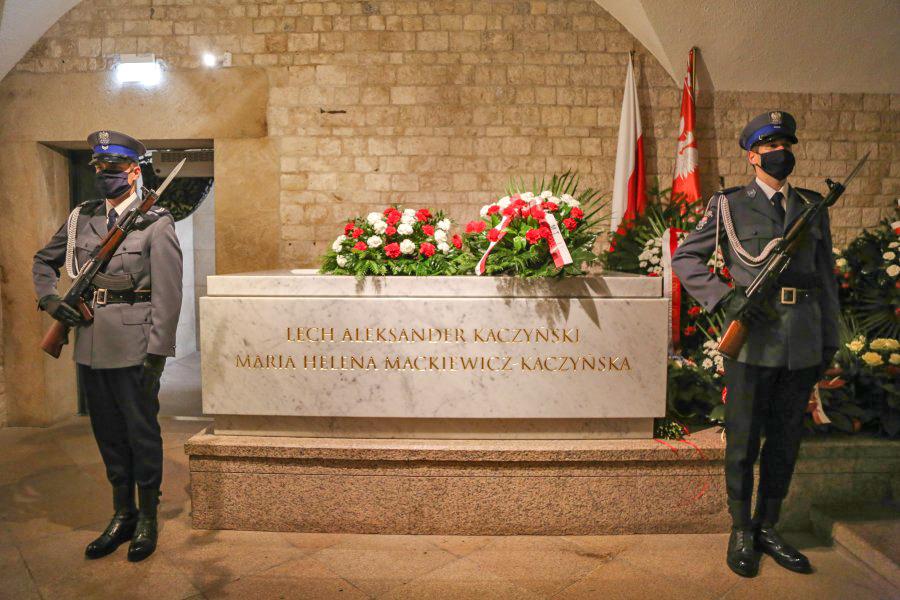 kaczynski-tomb-wawel-krakow