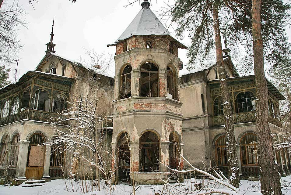 konstancin-jeziorna-warsaw-villa-ruin