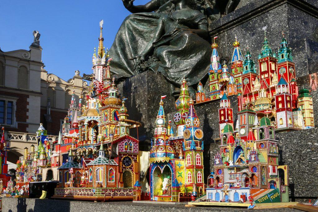 krakow-christmas-market-szopki-nativity-scenes