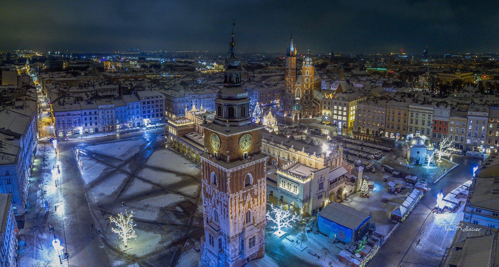 krakow-christmas-night-snow