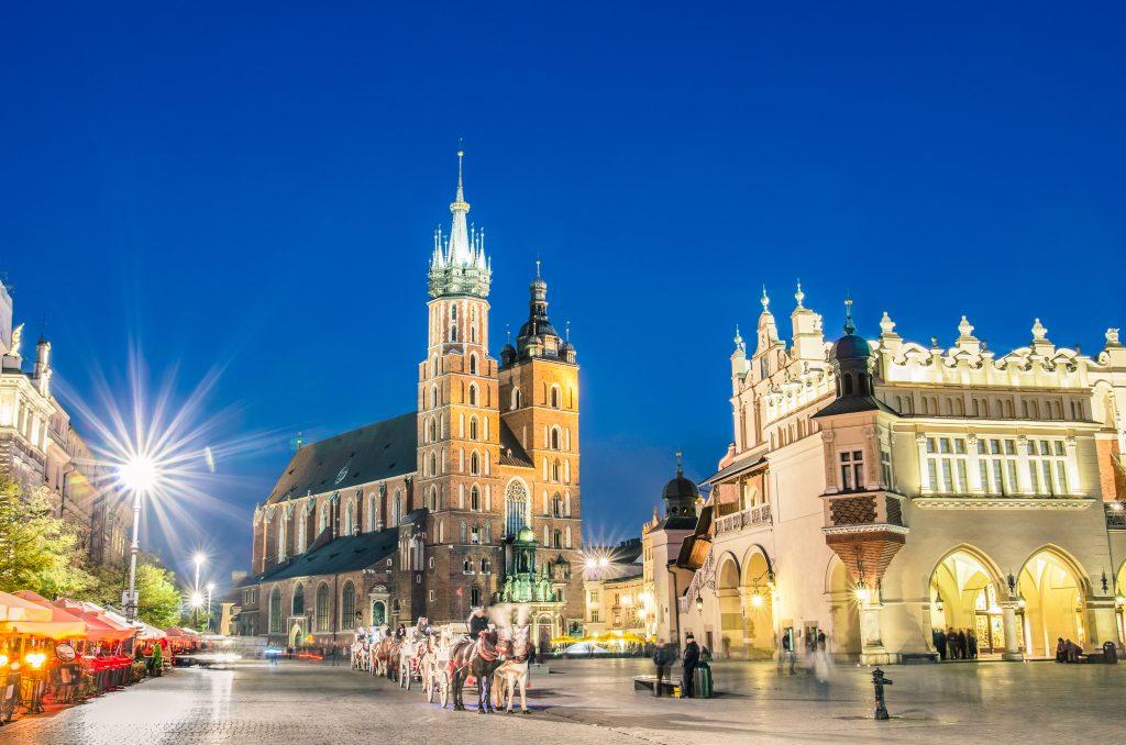 Krakow-St-Marys-Basilica-Krakow-Poland