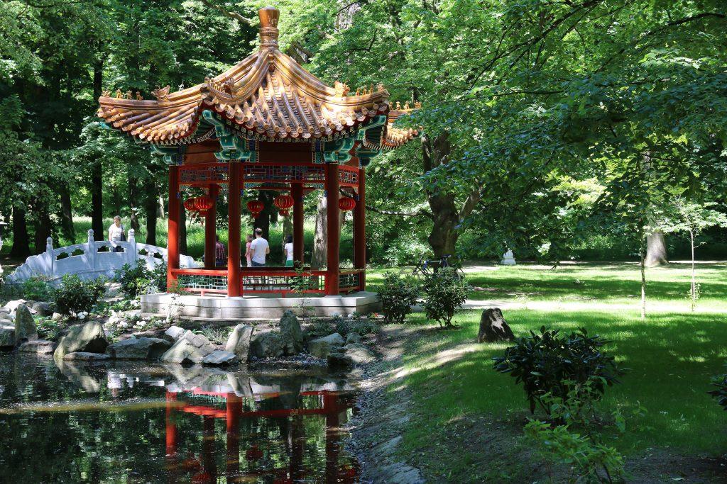 lazienki-park-warsaw-chinese-pergola